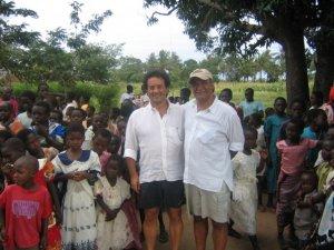 Mauro Baccega e Francesco Salzone in Kenia per aiutare i poveri.