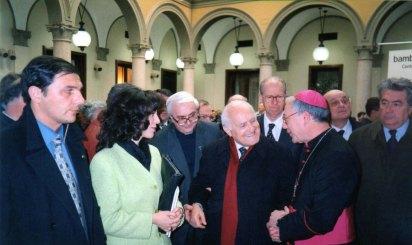 """Inaugurazione della mostra""""Bambini di Guerra a Milano, alla presenza del Presidente della Repubblica Oscar Luigi Scalfaro."""